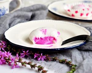 火龙果冰淇凌雪媚娘制作方法