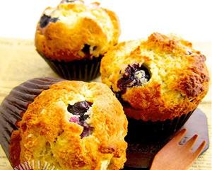 新鲜蓝莓做蓝莓马芬