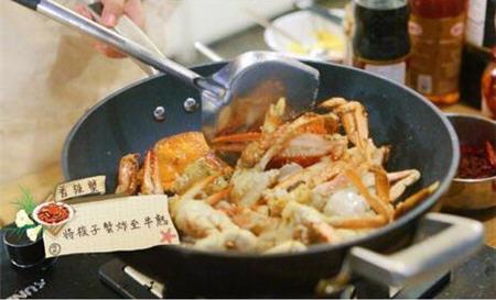 中餐厅赵薇做的香辣蟹制作方法图解