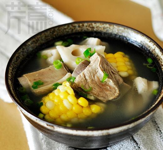 电饭煲炖莲藕做法排骨汤咸肉_图解在家用玉米炒豆条图片