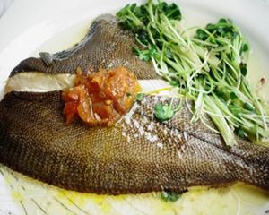黄椒酱蒸鲽鱼