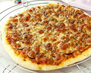 松露那波里披萨