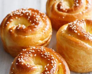 奶酥萝纹面包