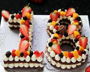 颜值高的18岁数字生日蛋糕