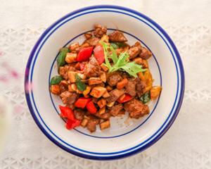 年夜大菜菌菇黑椒牛肉